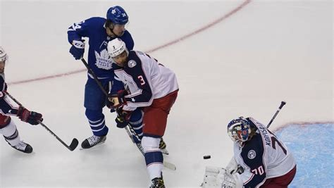 NHL playoffs: Stars win in shootout as Blues drop to ...