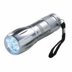 Lampe Torche Longue Portée : lanterne solaire dynamo trigano ~ Dailycaller-alerts.com Idées de Décoration