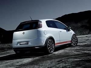Fiat Grand Punto : 2007 abarth grande punto pictures history value research news ~ Medecine-chirurgie-esthetiques.com Avis de Voitures