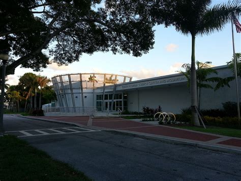 South Florida Science Center and Aquarium - Wikipedia