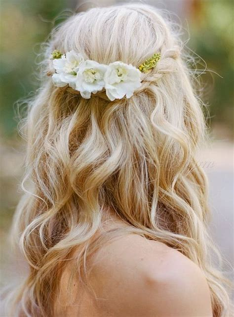 25 Best Ideas About Bridal Hair Flowers On Pinterest