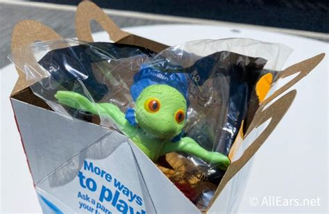 € * 15.05.2003 in berlin, deutschland PHOTOS: 'Luca' Happy Meal Toys Are Now at McDonald's ...