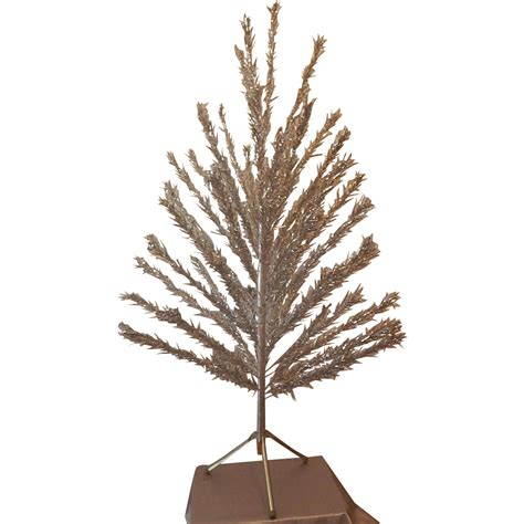 evergleam stainless aluminum 6 ft christmas tree from