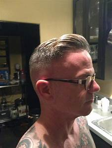 Razor fade pompadour side part | Men's Hairstyles ...