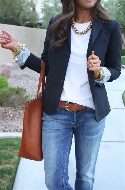 11 Looks para ir vestida con mezclilla al trabajo