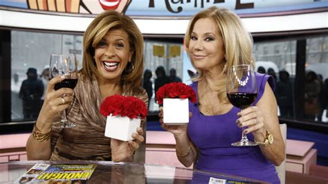klg and hoda 10 reasons every girl wants to be kathie lee and hoda on the today show