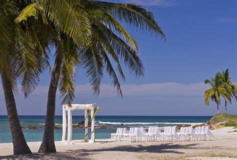 How To Plan The Ultimate Destination Wedding In Mexico