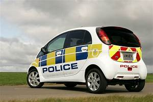 Mitsubishi I Miev : uk police forces to employ mitsubishi i miev speed criminals rejoice carscoops ~ Medecine-chirurgie-esthetiques.com Avis de Voitures