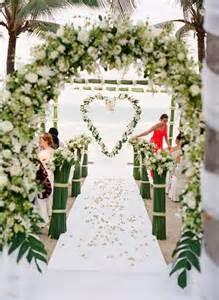 mariage laique 10 somptueuses décorations pour une cérémonie en extérieur mariage commariage