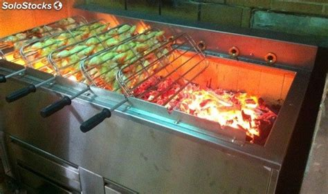 grill au charbon de bois pour poulets