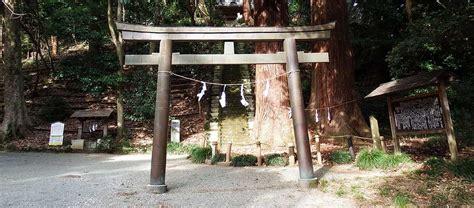 御嶽 山 神社