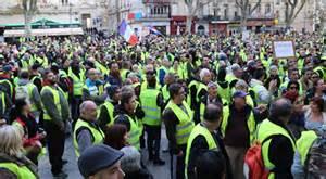 Blocage Gilet Jaune Vaucluse : gilets jaunes ce que notre reporter a vu avignon filinfo ~ Maxctalentgroup.com Avis de Voitures