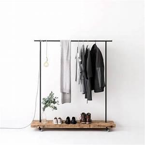 Design Kleiderständer Holz : kleiderstange altholz 01 von weld co stilherz ~ Michelbontemps.com Haus und Dekorationen