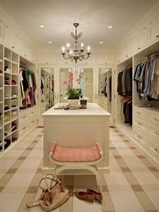 Begehbarer Kleiderschrank Ideen : ankleidezimmer ideen planen sie einen begehbaren ~ Michelbontemps.com Haus und Dekorationen