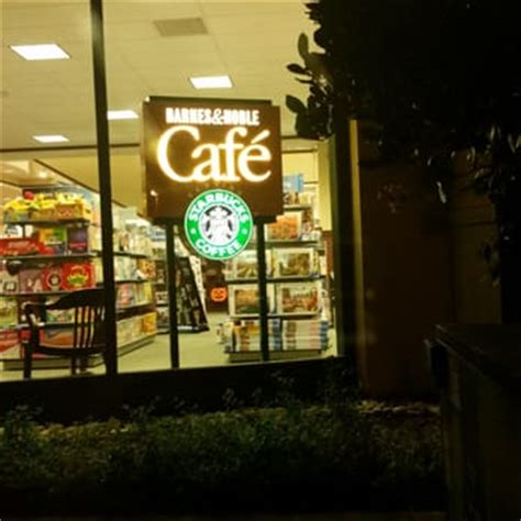 Cafes In Barnes by Barnes Noble Booksellers 31 Photos Bookstores San