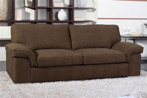 un canapé comment décorer un petit salon avec des rideaux et un
