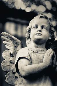 17 Best images about ANGELS on Pinterest | Angel statues ...