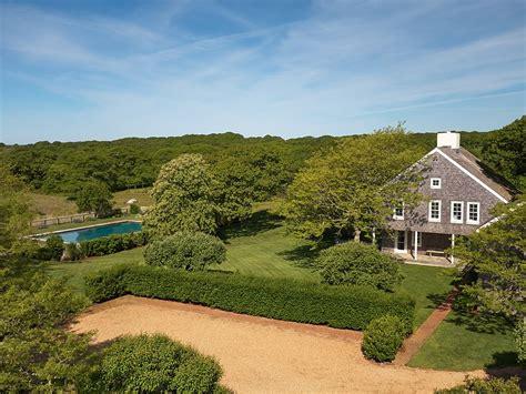 Jackie Kennedy Home Martha's Vineyard