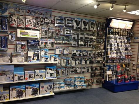 car accessories showroom google search showroom design