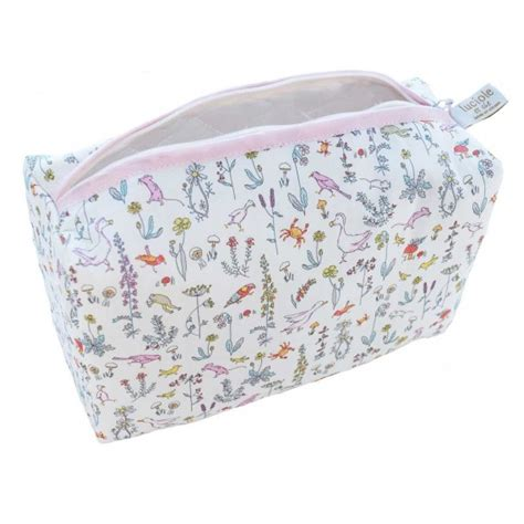 trousse de toilette bebe fille trousse de toilette b 233 b 233 fille liberty fabrication
