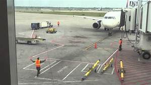 Disabled Ramp Design Ramp Agents Marshalling A Delta A320 At Detroit Metro