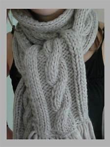 Echarpe Homme Tricot : apprendre a tricoter une echarpe avec torsade ~ Melissatoandfro.com Idées de Décoration
