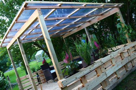 überdachte terrasse selber bauen ᐅᐅ terrasse aus paletten selber bauen europaletten diy anleitung