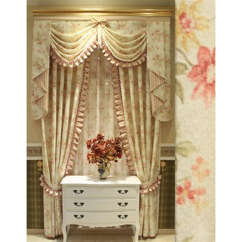white wall hangings floral light beige shabby chic curtains