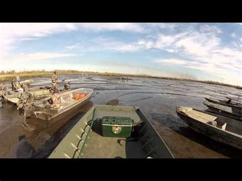 Xpress Vs Excel Boats by Xpress Mud Boat With Gator Surface Drive Doovi
