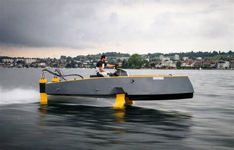 Hydrofoil Rc Boat by Wordlesstech Hydros Retractable Hydrofoil Boat