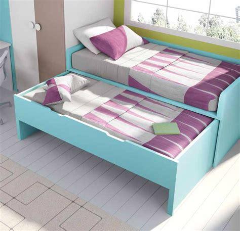 chambre gar輟n ado lit gigogne avec bureau chambre originale garcon acheter votre lit gigogne avec armoire d 39 angle et bureau chez simeuble lit mezzanine quarr