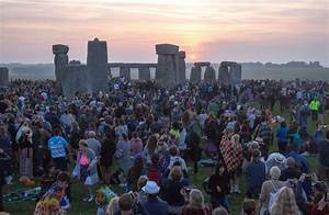 Summer Solstice 2017 at Stonehenge - when is the longest ...