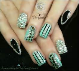 Pretty nail designs for this new season