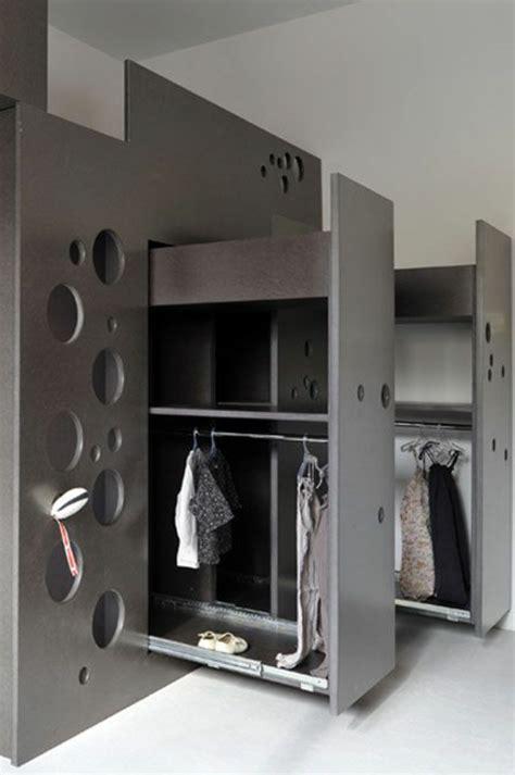 astuce de rangement chambre comment bien choisir un meuble gain de place en 50 photos