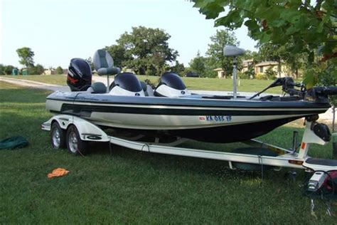 Used Boats For Sale Kansas by Skeeter New And Used Boats For Sale In Kansas