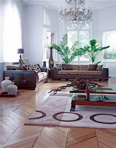 Salon bois et chiffons 20 photos for Tapis rouge avec canapé daim marron