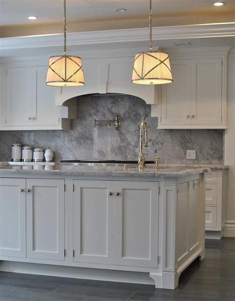 grey kitchen cabinets with backsplash grey kitchen cabinets backsplash quicua com