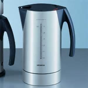 wasserkocher porsche design wasserkocher cordless tw 91100 tw91100 siemens f a porsche elektrogeräte küchenbedarf küche