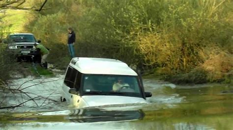 land rover water land rover discovery in deep water youtube