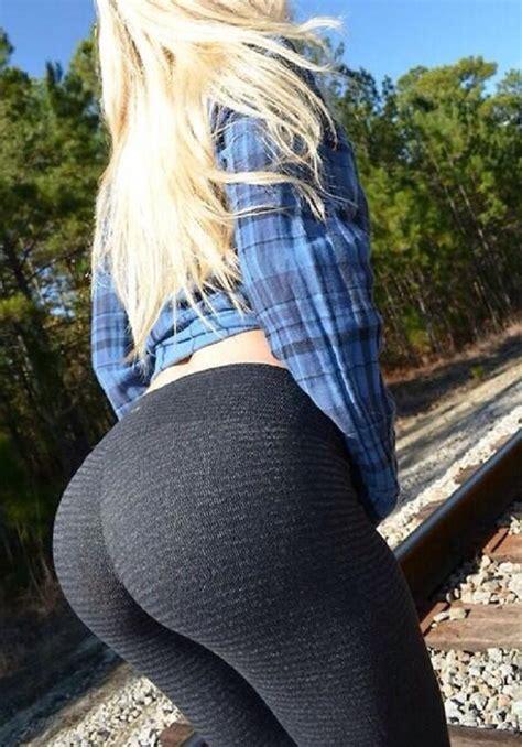 A Blonde Girl In Yoga Pants Hot Girls In Yoga Pants Best Booty Leggings Pics