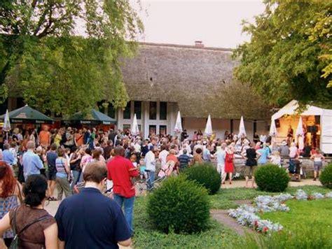 Englischer Garten Berlin Konzertsommer by Umsonst Und Drau 223 En Konzertsommer Im Englischen Garten