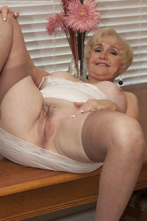 older women archive blogspot com photo sets 17