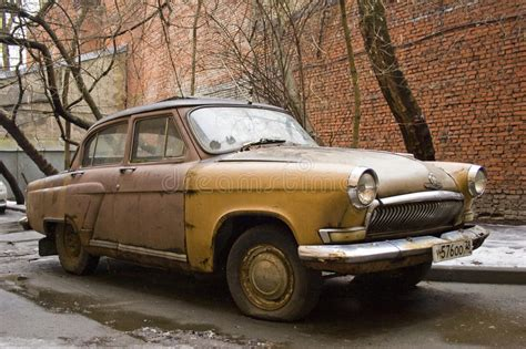 Retro brun bil redaktionell foto. Bild av chevrolet ...