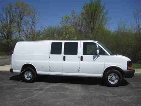manual cars for sale 2008 chevrolet express 3500 parking system find used 2008 chevy g3500 extended 1 ton express cargo van 4 8l v8 auto a c runs great in