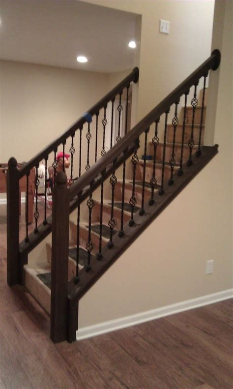 Wooden Stair Banister by Best 25 Wood Stair Railings Ideas On Porch