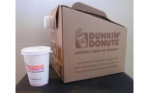 Donut & lced coffee / alaska cream coffee. Dunkin' Donuts Box O' Joe - 101qs