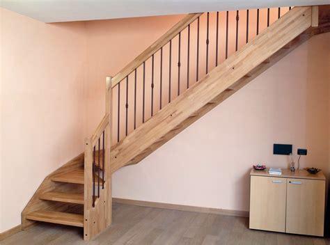 #Escalier   Quart tournant en bois avec garde corps acier