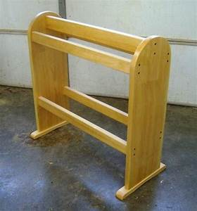 Wooden Quilt Stand Plans PDF Woodworking