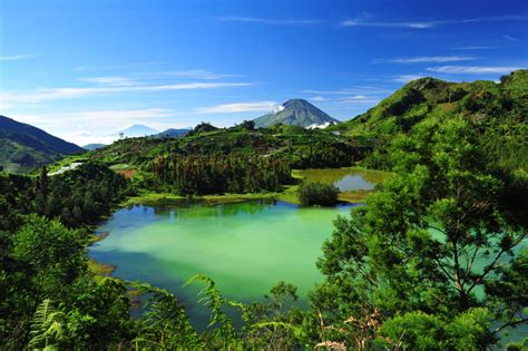 tempat wisata  dieng wonosobo  wajib dikunjungi