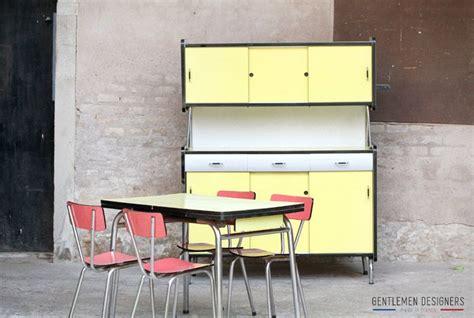cuisine vintage formica buffet de cuisine vintage en formica jaune http